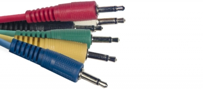 CABLE STAGG INTERPEDAL PLUG-PLUG 0.60mts x 6 UNIDADES